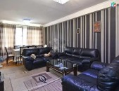 Կոդ 4185  Վարձով 2 սենյականոց բնակարան Պարոնյան  փողոցում
