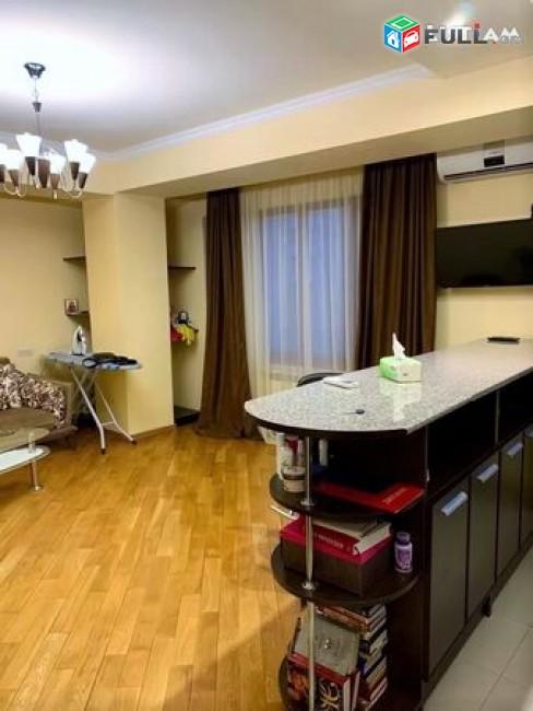 Կոդ GH157 Վարձով 2 սենյականոց բնակարան Գրիգոր Արծրունի փողոցում