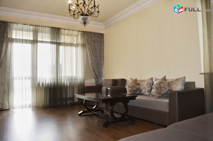 Daily rent apartment in Yerevan , Northern avenu 5