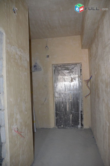 2 սենյականոց բնակարան նորակառույց շենքում Նելսոն Ստեփանյան փողոցում