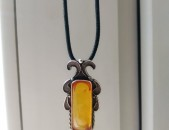 Արծաթից բնական սաթով (янтарь)  վզնոց, подвеска, arcate vznoc yantarov