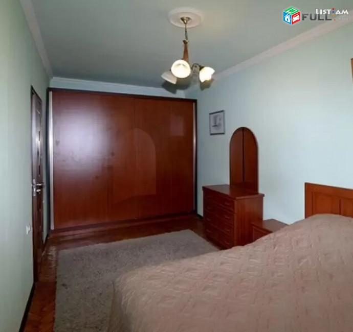 Կոդ 52139  Մաշտոցի պողոտա Օպերայի մոտ 3 սենյականոց բն
