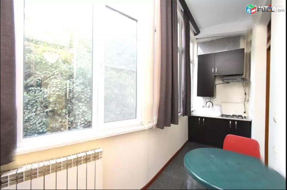 3 սենյականոց բնակարան Բժշկական համալսարանի մոտ Kod - KEN6125