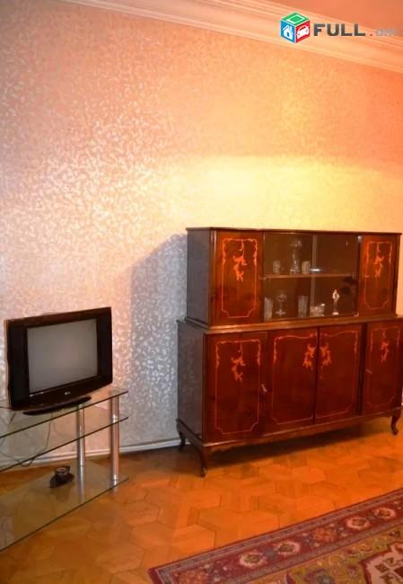 Կոդ HM303  Չարենց փողոց 3 սեն. բնակարան / for rent Charenc st.