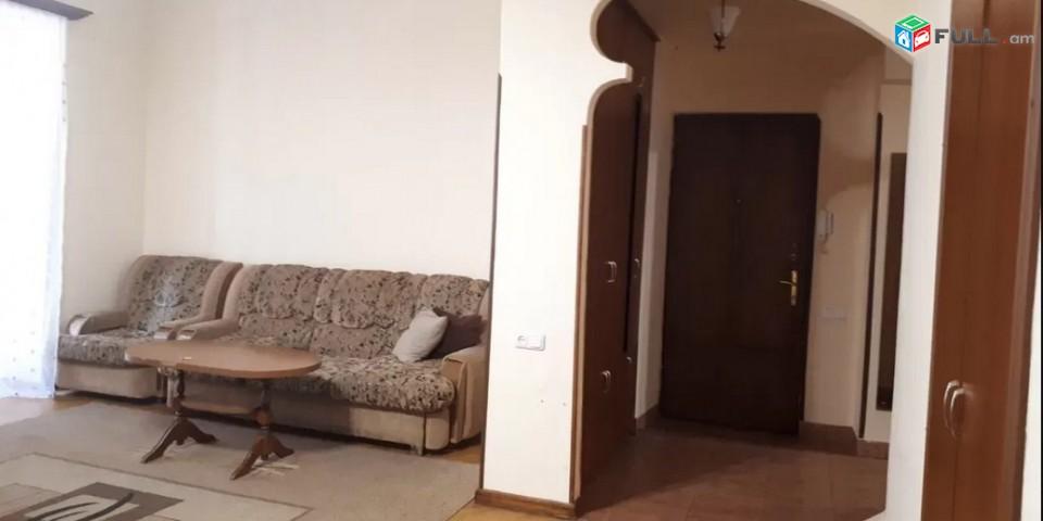 AK0858 Վարձով 3 սենյականոց բնակարան Մեսրոպ Մաշտոց  փողոցում