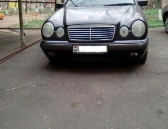 Mercedes-Benz -     E 240 , 1999թ.