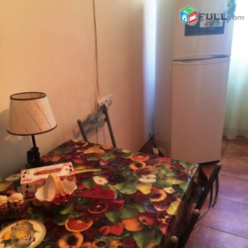 Կոդ 20-11-02-27  Օրավարձով  2 սեն. բնակարան  Խորենացի փողոց