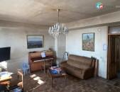 Վաճաառվում է 3 սենյականոց բնակարան մասիվում չեխական նախագիծ