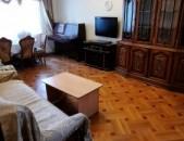 Վարցով է տրվում 3 սենյականոց բնակարան Սունդուկյան փողոցում