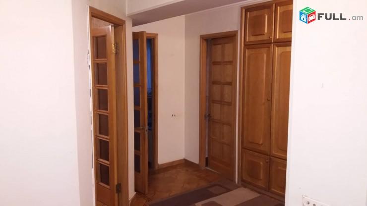 ՎԱՃԱՌՎՈՒՄ Է 4 սենյականոց բնակարան Մոնումենտում 9 ի 3 րդ հարկում, երկու+մեկ բնակարան