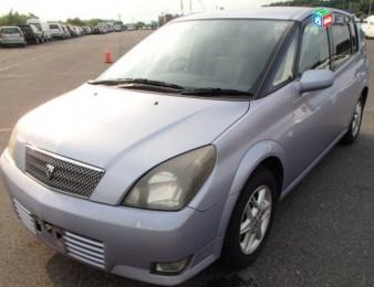 Toyota Opa , 2002թ.