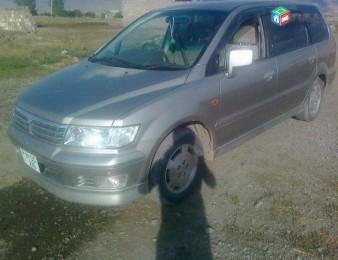 Mitsubishi Chariot , 2001թ.