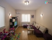 Սայաթ նովա առանձին մուտք 2 գիծ Саят Нова Sayat Nova oficce hostel